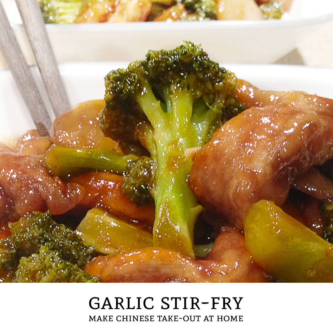 Love chinese take-out and want to make it at home? This brown garlic sauce is an excellent base for any combination of stir-fry dinners. | Tiny Kitchen Cuisine | http://tiny.kitchen